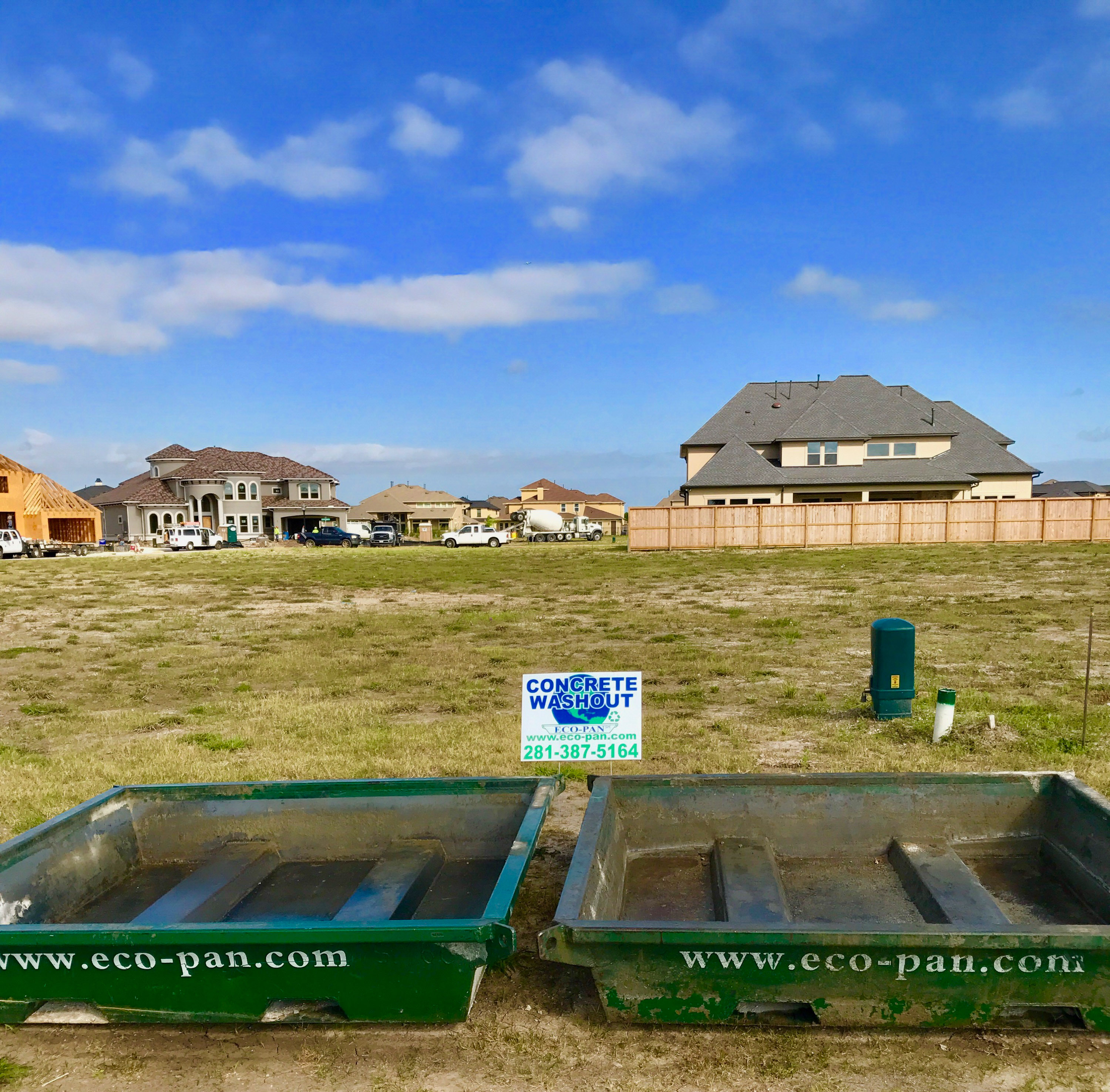 Eco-Pan and David Weekly Homes in Friendswood, TX
